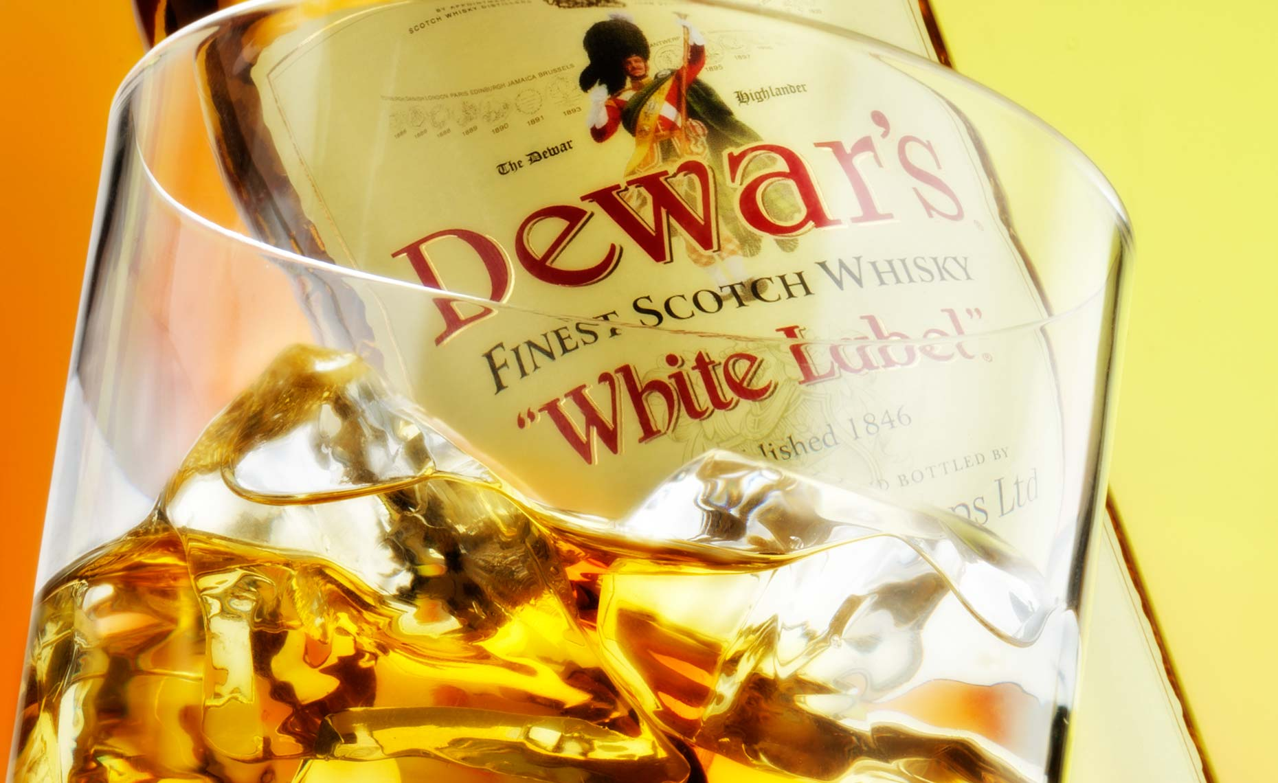 Drink photography Dewars whisky.jpg